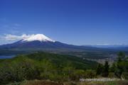 石割山頂上からの絶景、天気がよければ富士山も南アルプスもよく見えます
